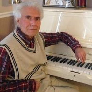 Moe Azizoddin											Piano Skype Music Tutor 